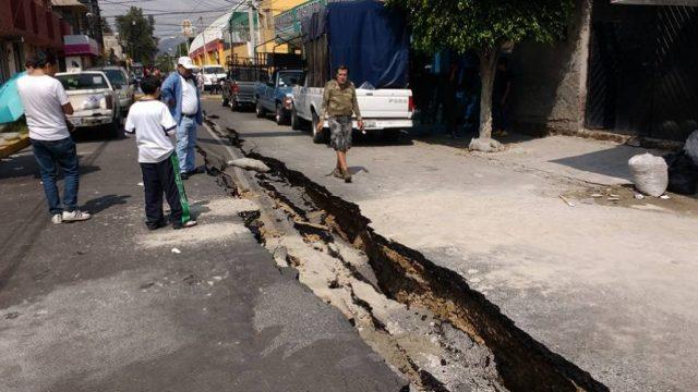 zanja en Tláhuac: sin agua, luz y daños mayores