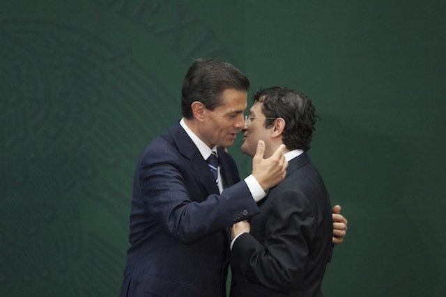 Andrade y EPN Bansefi