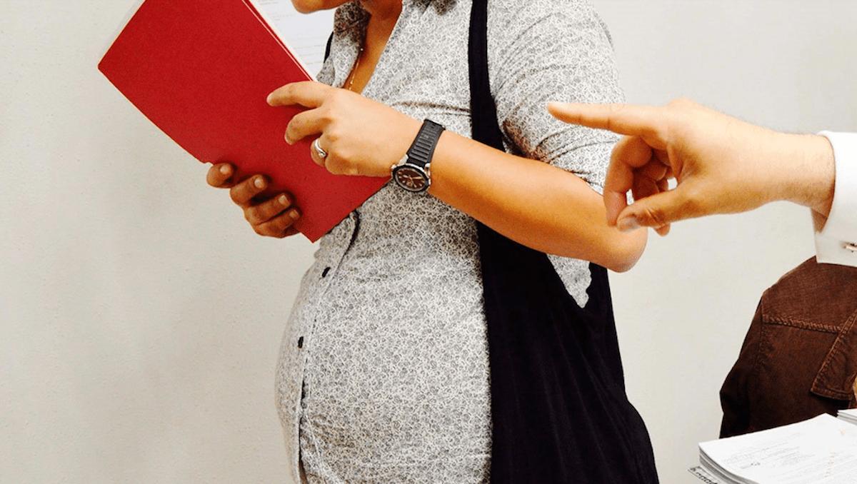 mujer embarazada es despedida injustificadamente Conapred