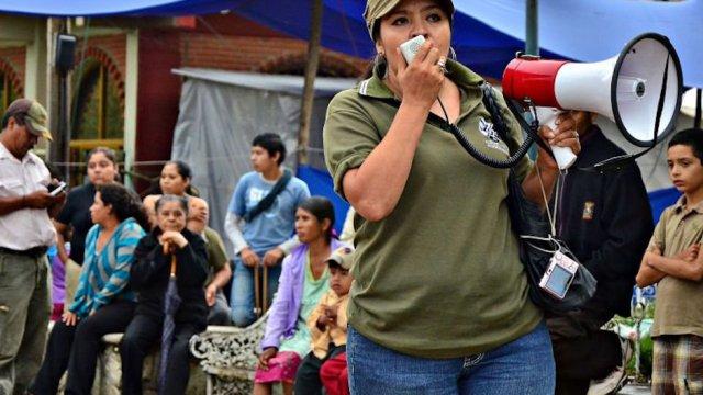 nestora salgado exilidia por el gobierno mexicano