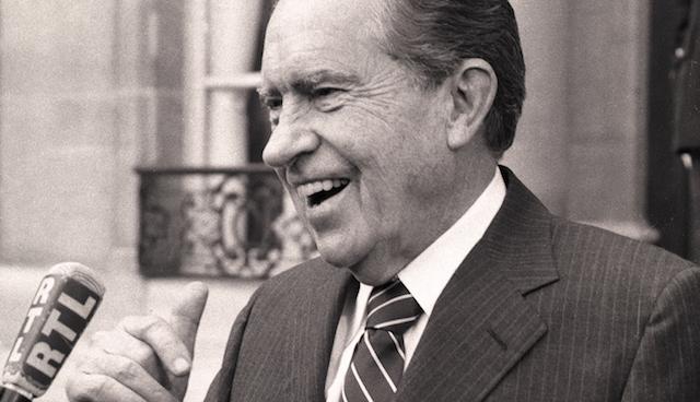 Nixon, una década después de que deja el Mandato