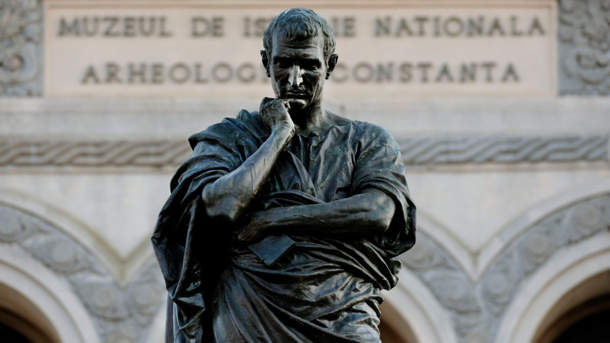 Ovidio exilio roma Italia Raggi absuelto