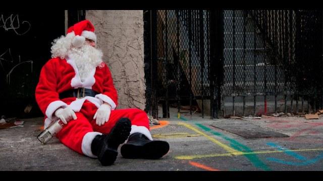Santa Claus es un alcohólico con sobrepeso y problemas mentales, advierten médicos