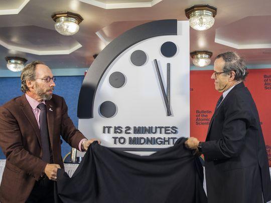 Reloj del fin del mundo avanza dos minutos para media noche