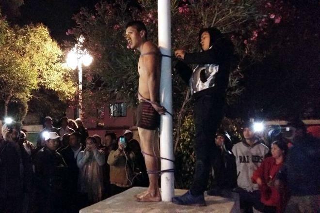 Intentan linchar ladrón en Ayometla, Tlaxcala; policías lo rescatan