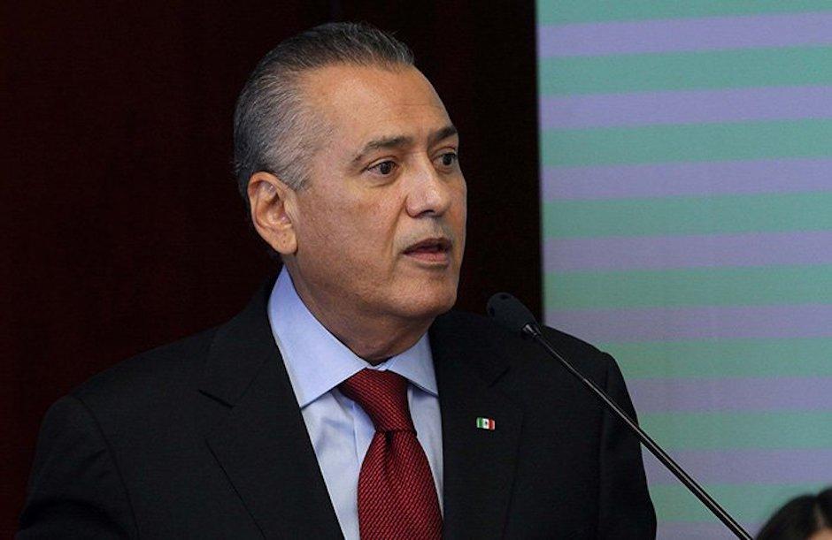 Beltrones, ex dirigente del PRI, pide amparo contra su posible aprehensión