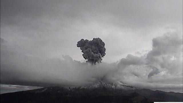 Registran explosión del Popocatépetl