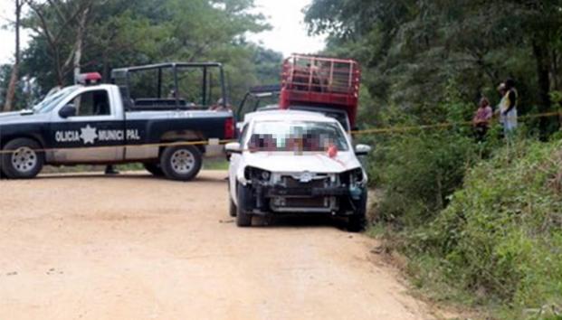 """CJNG dejó cuatro cabezas decapitadas en auto por """"limpia"""" delincuencial en Veracruz"""