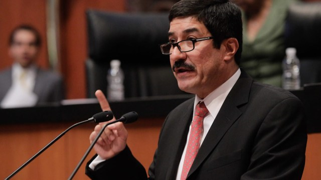 Según Hacienda, Javier Corral está tratando de extorsionarlos
