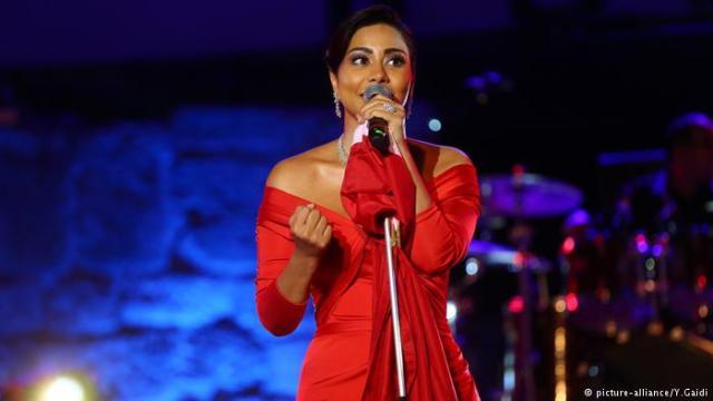 cantante egipcia carcel ofensas rio nilo Egipto