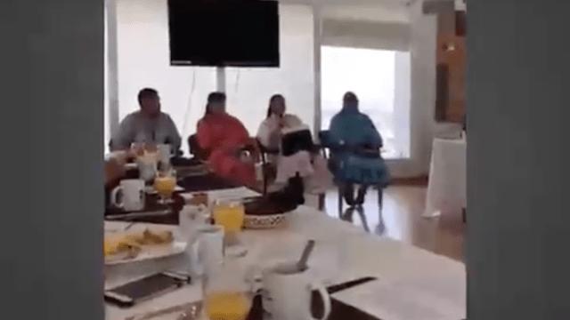 Diputados desayunan frente a rarámuris sin ofrecerles nada [VIDEO]