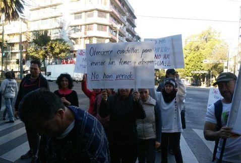 Manifestantes en la Narvarte por falta de agua