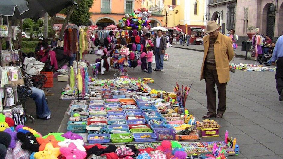 INEGI 56% trabajadores mexicanos en la informalidad