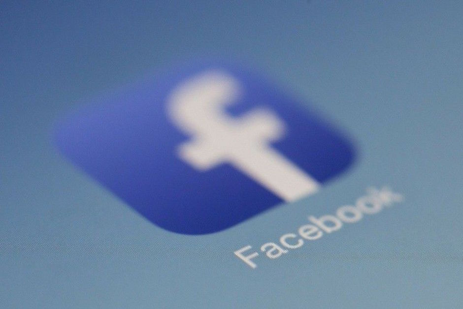 Investigan a Facebook y Cambridge Analytica datos usuarios elecciones