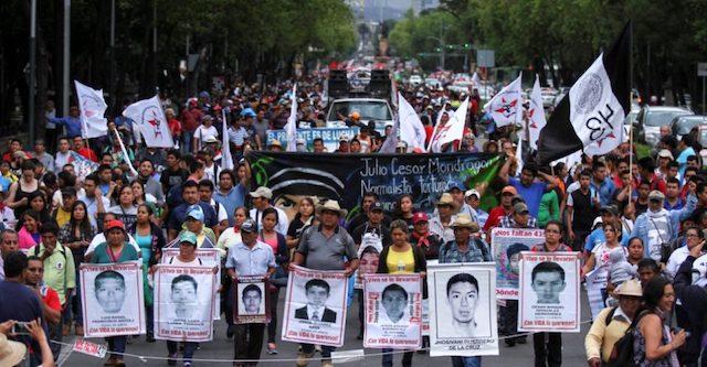 Tras desaparición de 43 de Ayotzinapa, PGR torturó al menos 34 detenidos: ONU