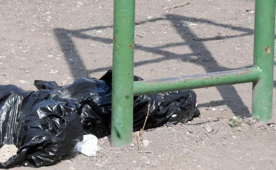 hallan bolsas con restos humanos en Iztapalapa