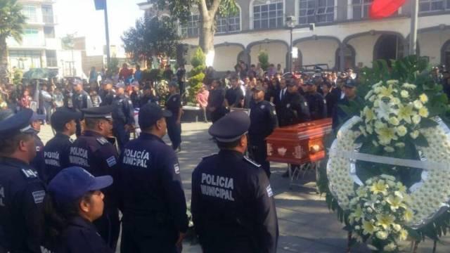 Dan homenaje a policías abatidos en Tlaxcala con Game Of Thrones