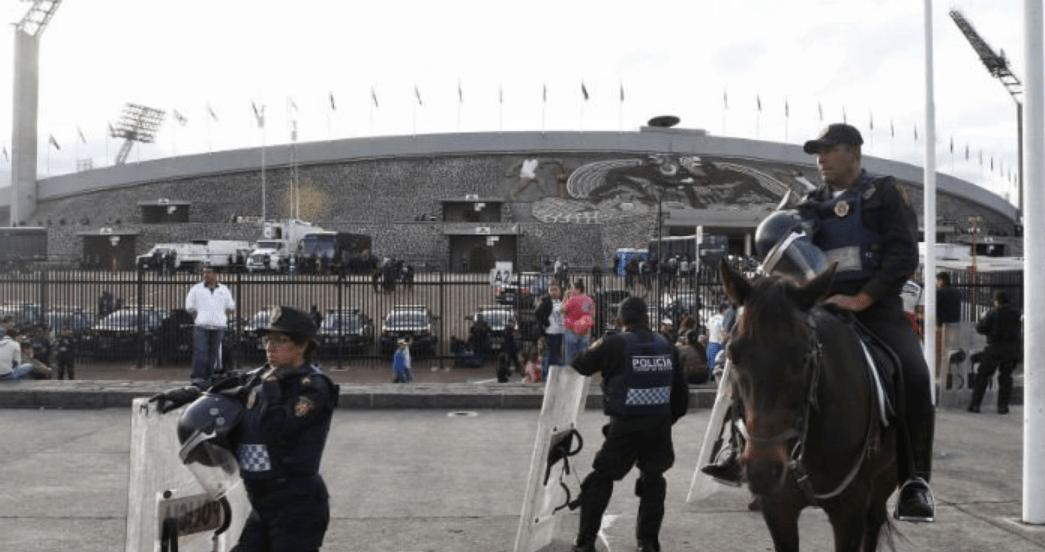 Presunto trabajador de la UNAM detenido en el estadio por vender droga