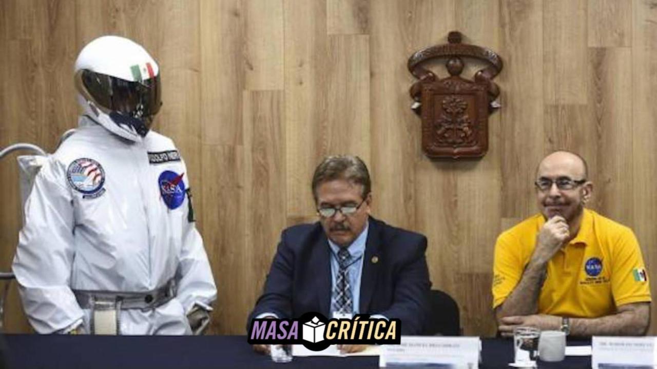 Neri Vela, primer astronauta mexicano, pide oportunidad para AMLO