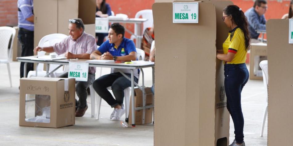 Elecciones en Colombia: van Petro y Duque a segunda vuelta