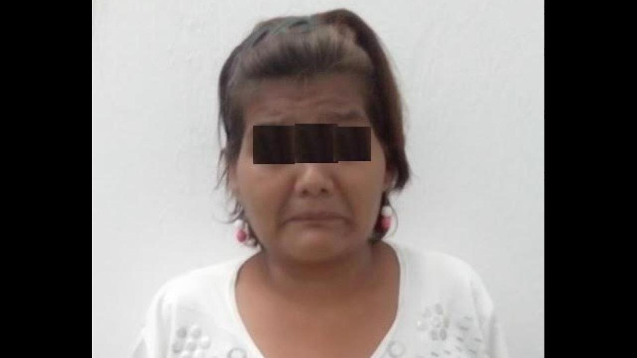 Detienen a mujer por subastar la virginidad de su hija de 12