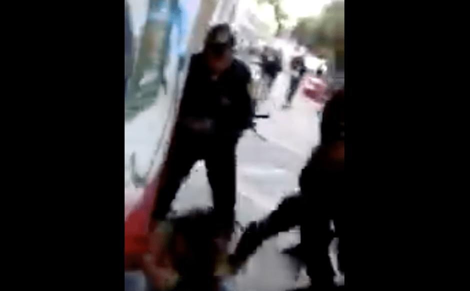 Agreden a estudiantes en UACM y denuncian detención arbitraria [VIDEO]