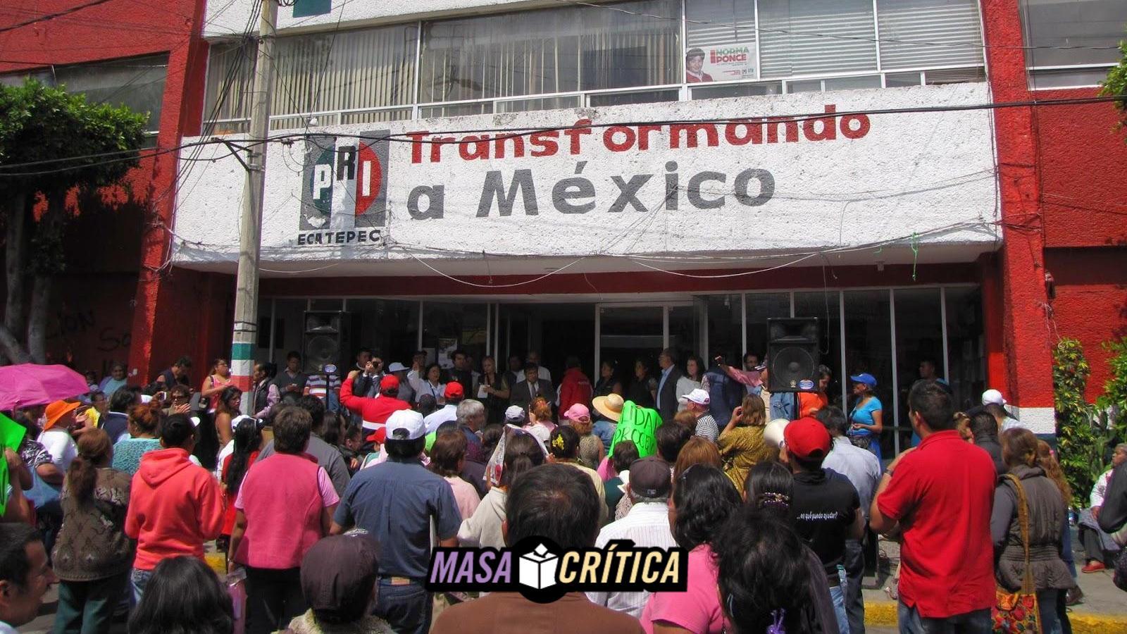PRI reparte vales en Ecatepec... canjeados en tesorería