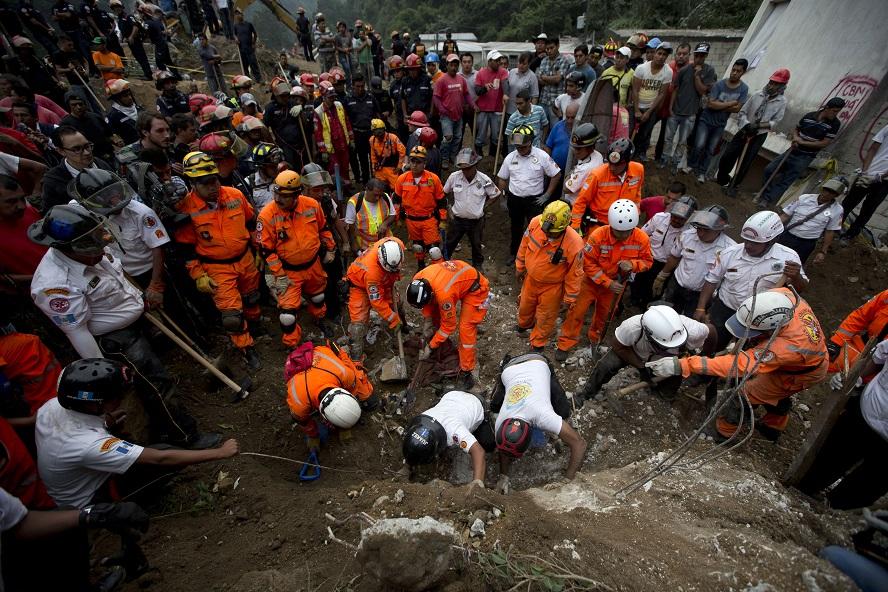 Rescatistas han muerto salvando vidas en Guatemala