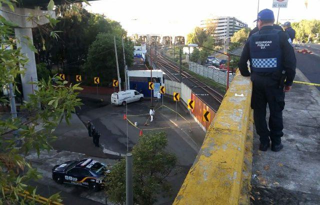 Dejan restos humanos regados y narcomanta en Tlatelolco