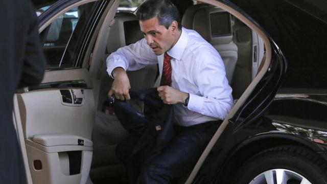 Peña Nieto gastó en vehículos más del doble del presupuesto