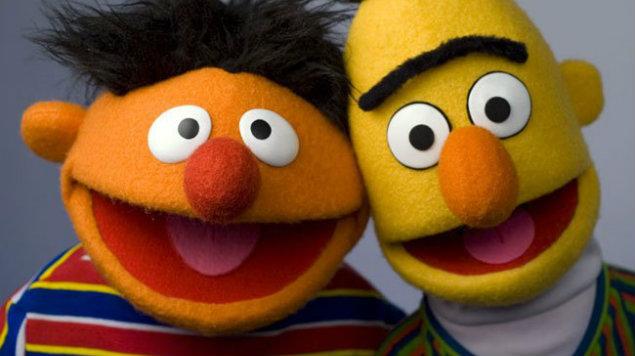 Creador de Beto y Enrique confirma que sí son pareja gay