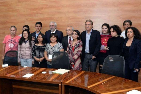Graue, Firma, Estudiantes, CCH Azapotzalco