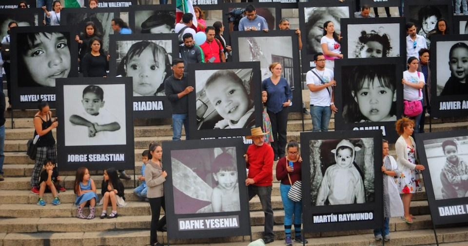 Padres de las víctimas de la Guardería ABC en el Ángel