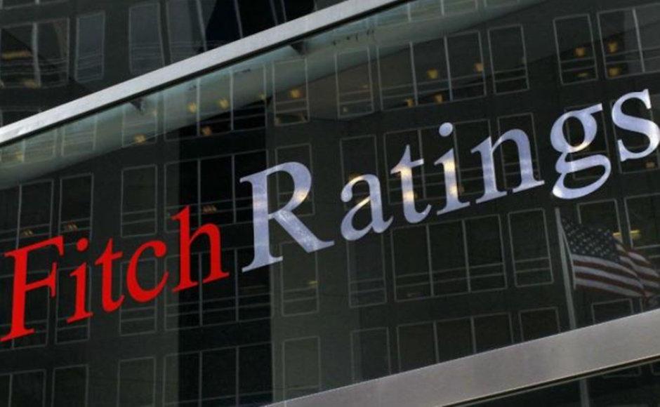 Fitch pone calificación negativa a México por cancelación del NAIM