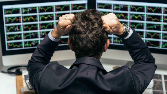Wall Street caída arrastra bolsas del mundo