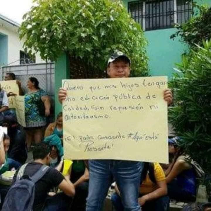 Imagen original: protesta por represión a estudiantes universitarios en Honduras