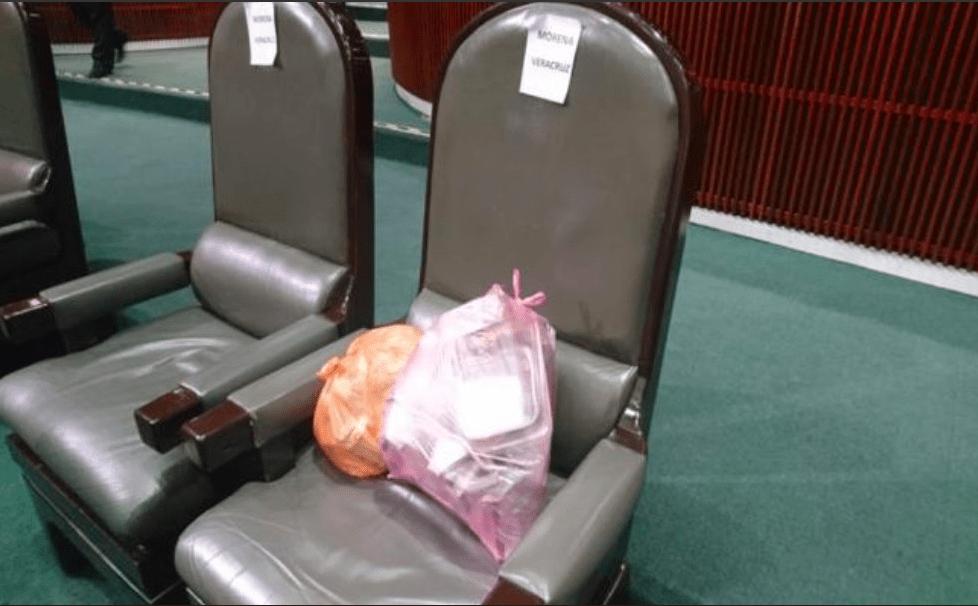 Diputados buscan bajar sueldo de personal de limpieza