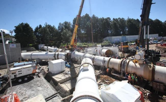 Trabajos de instalación de la 'K invertida' en el sistema Cutzamala