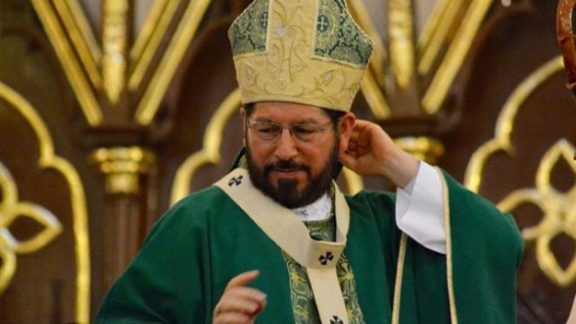 Arzobispo de Xalapa: mujeres no tienen glamour, son varones