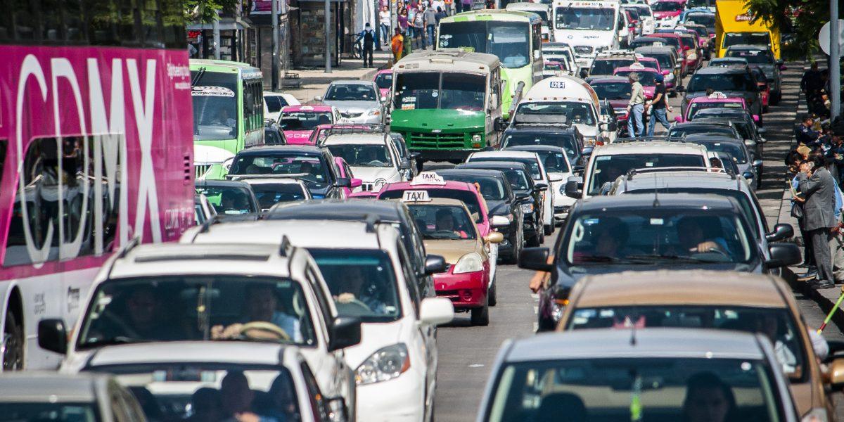 Solución del nuevo reglamento de tránsito es más riesgo