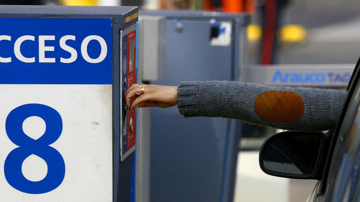 Morena quiere que ya no pagues estacionamiento en comercios
