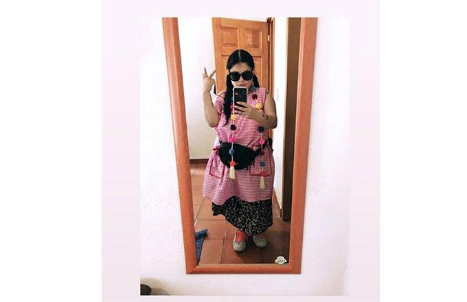 Discriminan a Amandititita en Coyoacán por usar mandil