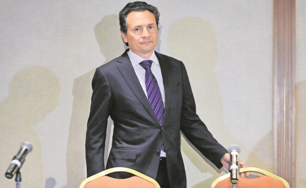 Se cesara durante 10 años a Funcionario de Petróleos Mexicanos