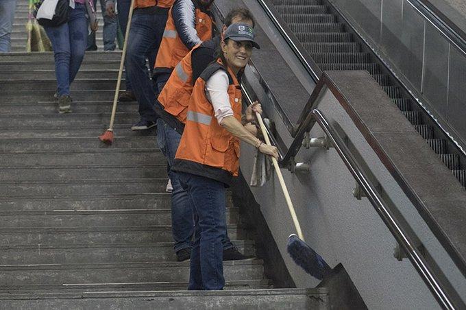 Escaleras, Metro, Cheinbaum