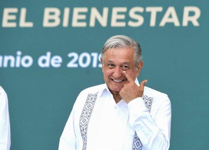 AMLO dice en Ecatepec que no tiene ciencia gobernar