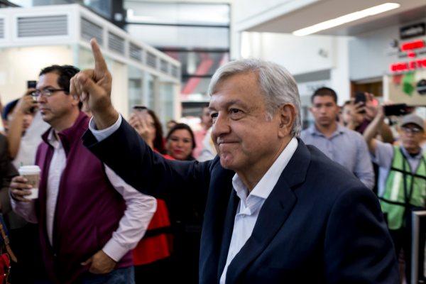 Desde Tijuana, cobertura del Evento de Unidad convocado por AMLO