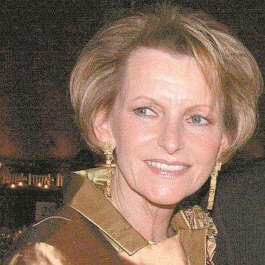 Madre del ex director de Pemex, detenida en Alemania