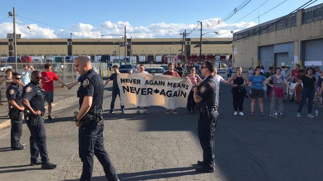 Judíos protestan contra centros de detención migratorios