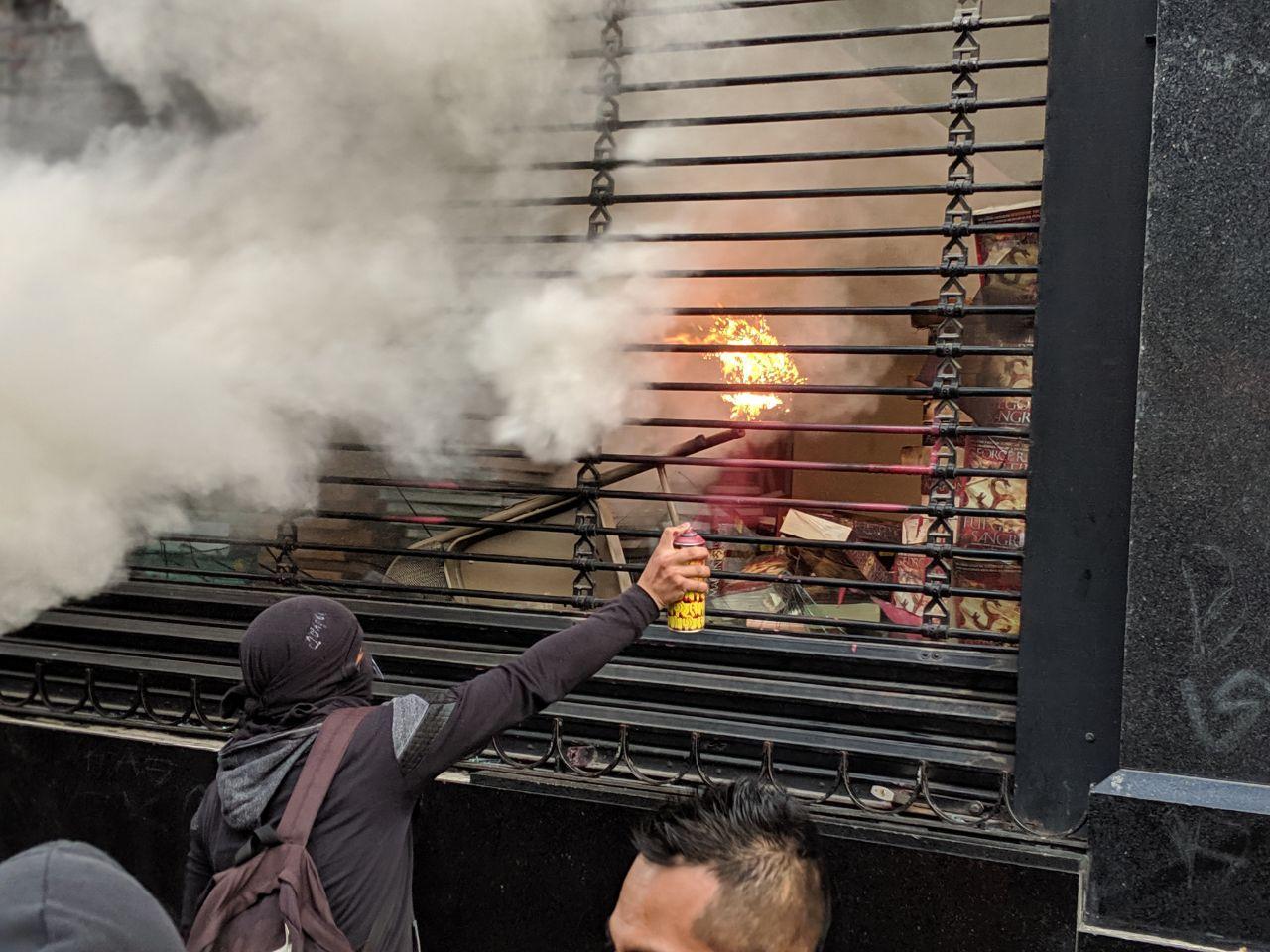 Disturbios durante la marcha de los 5 años de la desaparición de los normalistas de Ayotzinapa