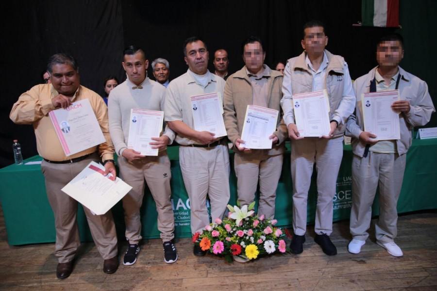 29 reos se titulan desde centros penitenciarios en la CDMX